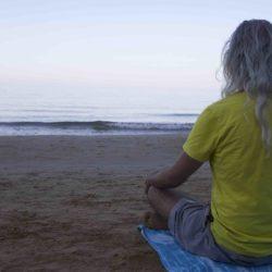 Una meditazione di 20 min. di Radha per far fluire l'energia